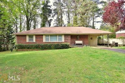 Marietta Single Family Home Under Contract: 141 Old Bee Tree Cir