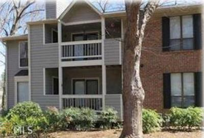 Roswell Condo/Townhouse For Sale: 303 Warm Springs Cir