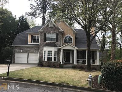 Johns Creek Single Family Home For Sale: 170 Glenside Ln