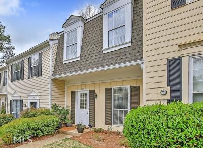 Sandy Springs Condo/Townhouse Under Contract: 204 Wedgewood Way