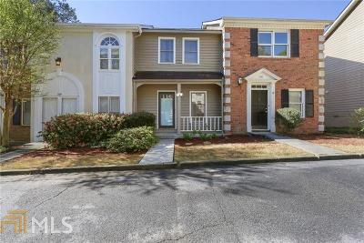 Chamblee Condo/Townhouse For Sale: 2217 Spring Walk Ct