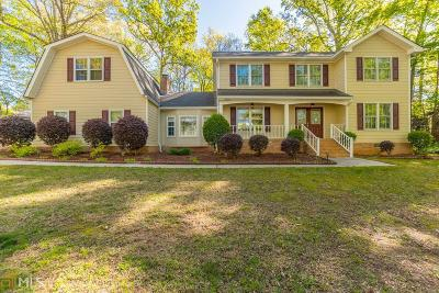 Snellville Single Family Home Under Contract: 1902 Colony Oaks Dr