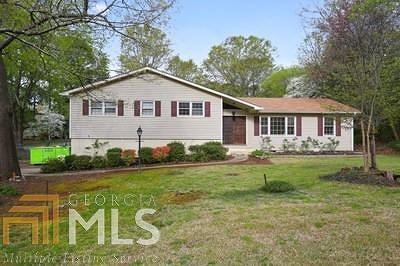 Marietta Single Family Home Under Contract: 4249 Whitecap Rd
