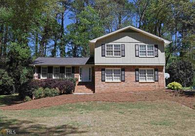 Lilburn Single Family Home Under Contract: 798 SW Bradford Ct