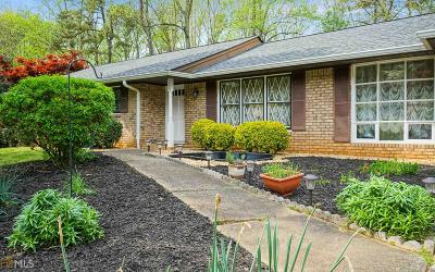 Roswell Single Family Home New: 370 Barkshire Ln