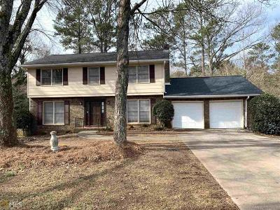 Stone Mountain Single Family Home Under Contract: 3987 Chemawa Dr
