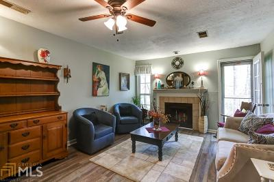 Roswell Condo/Townhouse Under Contract: 402 Teal Ct