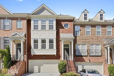 Smyrna Condo/Townhouse Under Contract: 4696 Wehunt Commons Dr #25