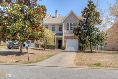 Lawrenceville Condo/Townhouse New: 70 Oak Green