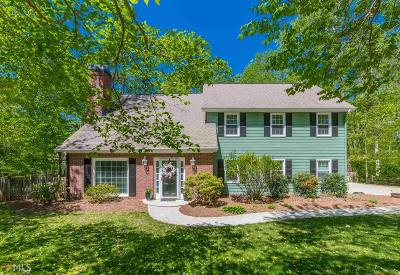 Roswell Single Family Home Under Contract: 179 W Lake