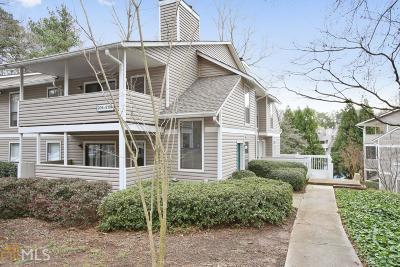 Marietta Condo/Townhouse Under Contract: 210 Wynnes Ridge Cir