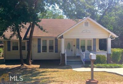 Hampton Single Family Home Under Contract: 6 Derrick Ave