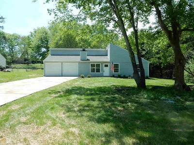 Woodstock Single Family Home New: 102 Apple Valley