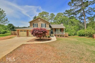 Snellville Single Family Home Under Contract: 1441 Willow Bend Dr