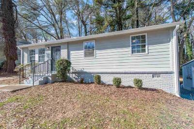 Atlanta Single Family Home New: 832 Bolton Rd