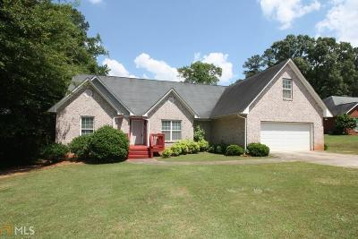 Lagrange Single Family Home New: 504 Camelot Dr