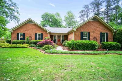 Jonesboro Single Family Home Under Contract: 8710 Lake Forest Dr