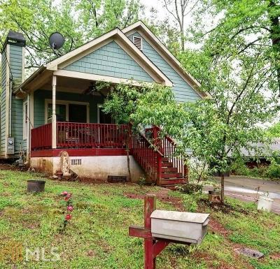 Single Family Home New: 1940 E Farris Avenue