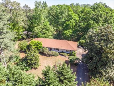 Roswell Single Family Home For Sale: 10485 Woodstock Rd