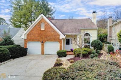 Johns Creek Single Family Home For Sale: 120 River Point Ct