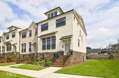 Roswell Condo/Townhouse For Sale: 705 Fairview Cir