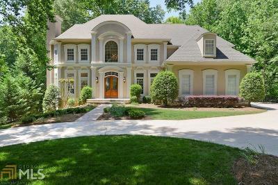 Alpharetta Single Family Home For Sale: 3435 Newport Bay Dr
