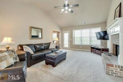 Buford  Single Family Home For Sale: 4217 Brentwood Dr