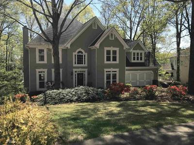 Roswell Single Family Home For Sale: 2856 Clary Hill