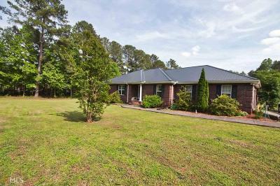 Social Circle Single Family Home For Sale: 236 Hinton Rd