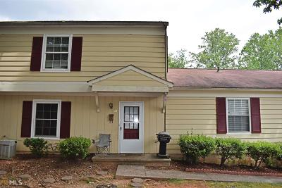 Marietta Condo/Townhouse For Sale: 1336 Old Coach Rd