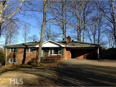 Marietta Single Family Home For Sale: 3529 Greenway Dr