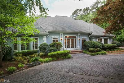 Roswell, Sandy Springs Single Family Home For Sale: 4590 Northside Dr