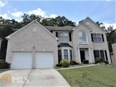 Stone Mountain Single Family Home For Sale: 6235 Greenock Dr