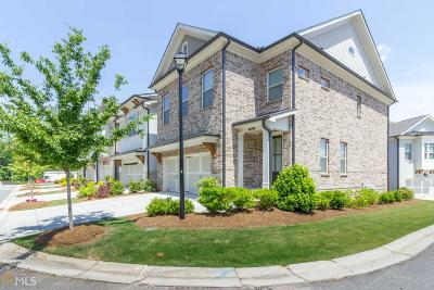 Duluth Condo/Townhouse For Sale: 3929 Glenview Club Ln
