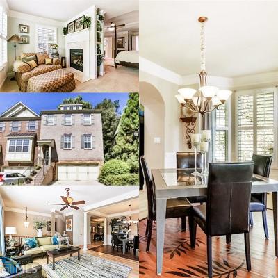 Condo/Townhouse For Sale: 2080 Cobblestone Cir