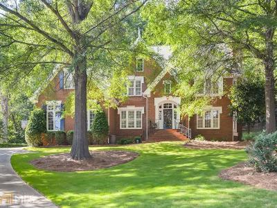 Roswell Single Family Home For Sale: 2150 River Cliff Dr