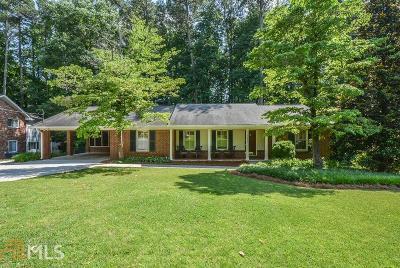 Atlanta Single Family Home For Sale: 1670 Arrowhead Trl