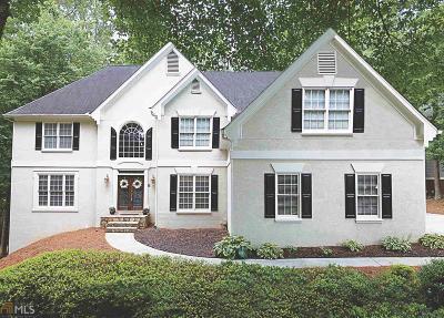 Acworth Single Family Home For Sale: 5388 Thornapple Ln