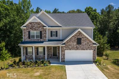 Hampton Single Family Home For Sale: 120 Brooks Cir #144