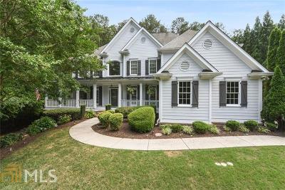 Milton Single Family Home For Sale: 135 Oakhurst Leaf Dr
