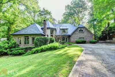 Roswell, Sandy Springs Single Family Home For Sale: 9345 Huntcliff Trce