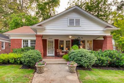 Atlanta Single Family Home For Sale: 2424 Glenwood Dr