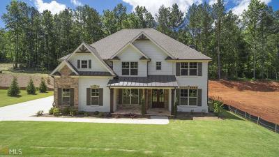 Hoschton Single Family Home For Sale: 823 Walnut River Trl