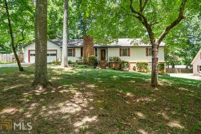 Powder Springs Single Family Home For Sale: 4558 Karron Dr