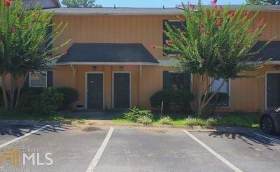 Norcross Condo/Townhouse For Sale: 2340 Beaver Ruin Rd #4