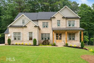 Sandy Springs Single Family Home For Sale: 6415 Bridgewood Valley Rd