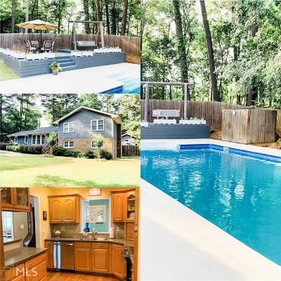 Loganville Single Family Home For Sale: 2802 Camp Mitchell Rd