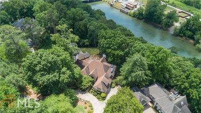 Roswell, Sandy Springs Single Family Home For Sale: 1455 N Riverside Cir
