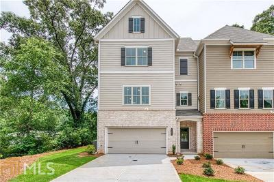Kennesaw Condo/Townhouse For Sale: 2870 Boone Dr #8