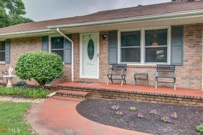 Newton County Single Family Home Under Contract: 161 S Johnson St